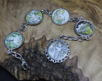 Vintage style, Alphonse Mucha Cabachon prints, cabochon bracelet *Excellent little gift or stocking filler*