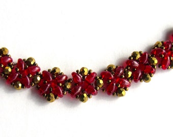 Romantic red and gold flower necklace