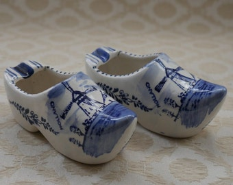 China Dutch Clog, Delft Blue, Delft China, Hand Painted, Blue White China, Painted Windmill, China Ashtray, Vintage Delftware, Pair Clogs