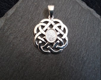 Solid 925 Sterling Silver Celtic Knot Pendant Setting for 8x6mm Cabochons