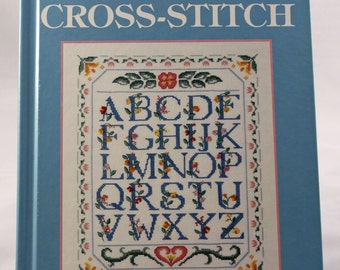 Country Cross-Stitch / McCall's Needlework & Crafts / Meredith Press, 1992 / cross stitch / cross-stitching / needle crafts / crafting