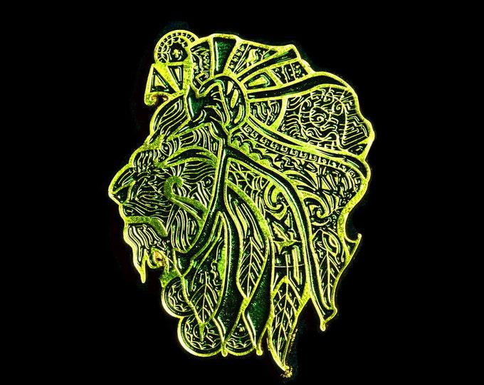 Elegant Lion Lapel Pin (black and gold - LION02)