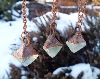 Fluorite octahedron, fluorite necklace, gemstone necklace, Crystal Necklace, statement necklace, raw fluorite, fluorite octahedron, rustic, Electroformed