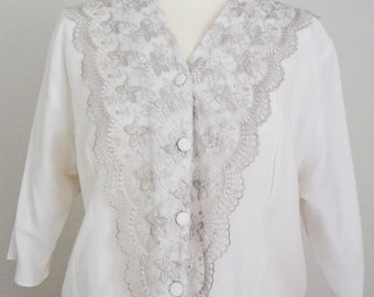 SALE Was 10 Now 8.50 Vintage White Blouse Lace Trim