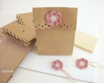 Original paper gift bag, crochet flower gift bags, wedding favors kraft paper bags, party bags, customized gift bags, gift packaging, Italy