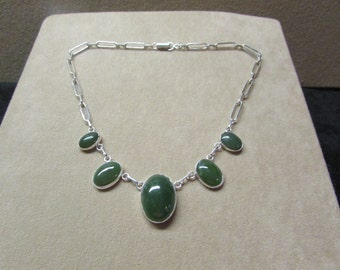 Elegant Cabochon Jade STERLING silver tapering necklace.