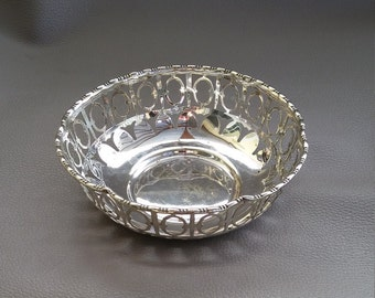 Antique  EPNS decorative bowl or dish made by George Hawksley & Co, Sheffield, England