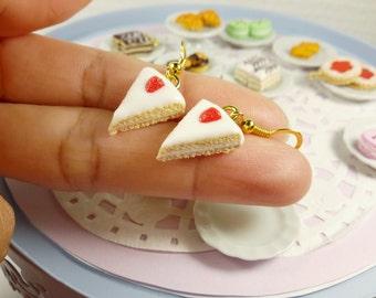 Miniature food, Miniature Strawberry Vanilla Cake Earrings, Food earrings , Miniature cake earrings, food jewelry, polymer clay earrings