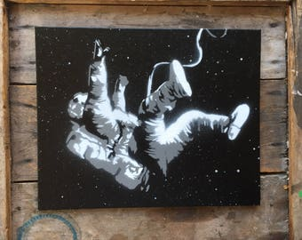 Falling astronaut - Spray paint wall art on Canvas - Black and White