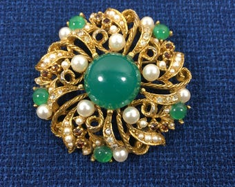 Designer Signed ART Green & White Brooch, Faux Pearl Beads and Faux Jade Beaded Pin, Vintage ModeArt 1950s 1960s 1970s Jewelry