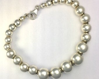Solid Silver Graduated Ball Bead Bracelet