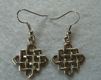 """Hanging Earring """"endless knot"""""""