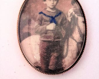 PIN Franz Kafka child embroidered by hand