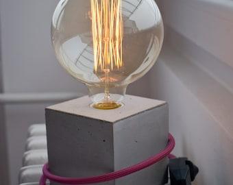 Kubik concrete lamp, light dimmer, table lamp,desk lamp, concrete light, minimalist design, beton lampe, lumière béton,modern