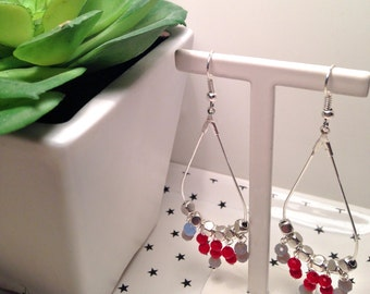 Red and gray pearls earrings