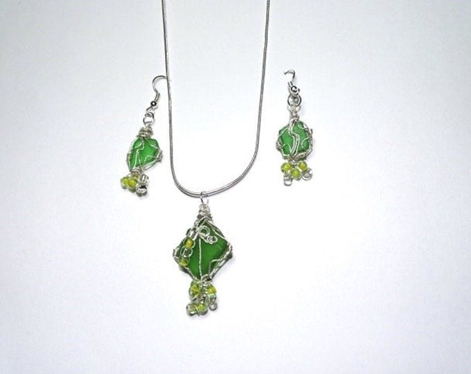 Lake Michigan Beach Glass gifts for her - Wire Wrap - Beads - Silver - Green Beach Glass - Necklace - drop earrings