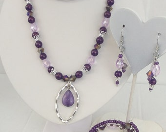 Shimmering Purples and silver Jewelry set