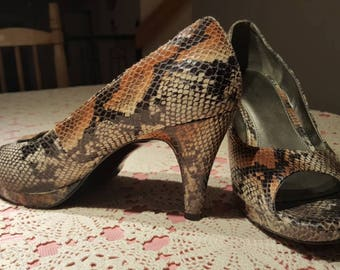 Faux snake skin shoes ,open toe pumps ,by bandolino(U)