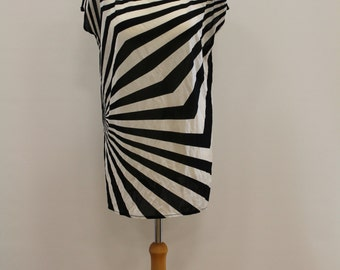 Stripey High Neck Sleeveless Top (Black/White)