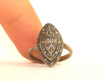 Vintage Elongated Rhombus Shape Marcasite Inlay Ring 925 Sterling Silver RG 1425