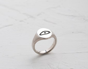 engraved ring, signet ring, personal cameo, mantra ring, talisman ring, unique signet ring, silver ring, old script ring, gift for her