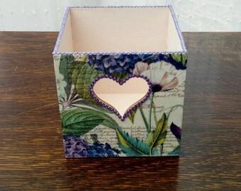 Wooden pen pot vintage home office storage pencils brushes heart cut out pink purple flowers rhinestones
