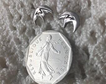 Vintage Navajo Spirit Bear Sterling Silver Earrings