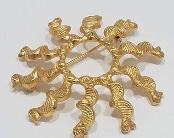 Beautiful  Gold Tone Sun Burst Brooch Labeled 'Alva Museum Replica'