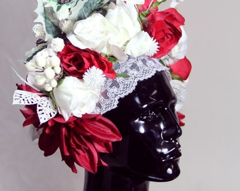 floral headdress in shades of red, white and green, Russian Christmas folk, with stars glitter