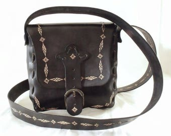 Leather shoulder bag, tooled, black