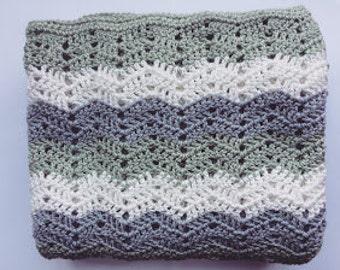 Baby blanket crochet lace