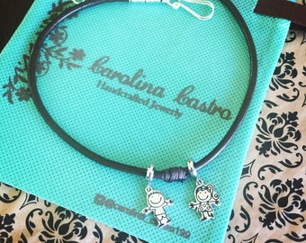 Choker in leather with children charms