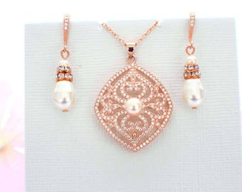Bridal jewelry set, rose gold wedding jewelry set, pearl necklace, pearl earrings, wedding accessories, pearl jewelry set, bridal pearl set