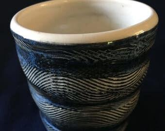Black Textured Cups