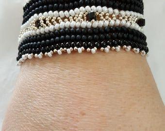 womans bracelet, Glass beaded bracelet, boho bracelet, black and white beaded bracelet,  handcrafted bracelet, Friendship bracelet