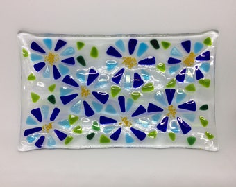 Blue flower dish