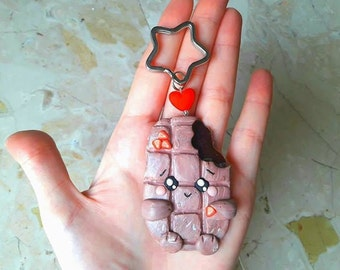 Key ring with star and little heart. Chocolate Filling Kawaii in Fimo with wild strawberries. HANDMADE