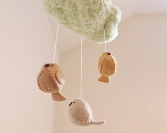 Baby mobile - green nursery - woodland