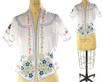 70s Embroidered Cutwork Peasant Blouse / Vintage 1970s Cotton Eyelet Cut Out Top / White Boho Lace Work Bolero Embroidered Shirt / Medium