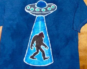 Alien Flying Saucer beaming up a Sasquatch Handmade Batik T-shirt
