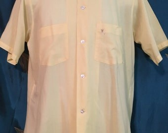 "Arrow Canary Yellow Dress Shirt Crest Men's True Vintage Chest 44"""