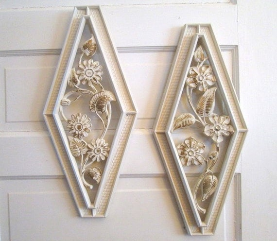 Syroco Vintage Resin Wall Art White And Gold Decor Flower