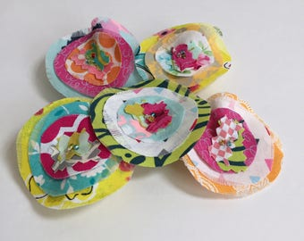 Spring Summer Fabric Scrap appliqué  scrapbook embellishments,  Fabric Scrap Flowers, Ruffle, layered Fabric flowers, Set of 5 - No. 21