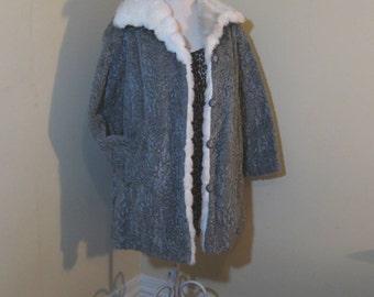 Vintage Gray Fur Coat vintage faux fur Jacket 70s Gray fur Coat Fake Fur Coat 70s Vintage Jacket White fur Collar Coat 70s faux fur coat M