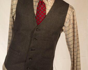 Men's Suit Vest / Vintage grey Waistcoat / Size 42 Large - XL   #4009