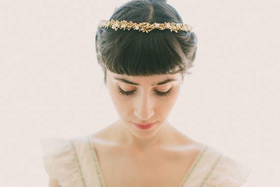 Gold pearl bridal headpiece, Gold woodland crown, Stefana, Wedding headband, Rustic golden head piece, Gold hair crown, Gold bridal wreath