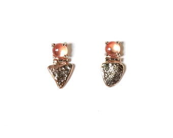 14k Stone Shield Studs with Sunstone | 14k Gold Earrings with Sunstone