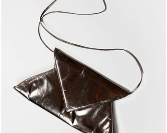 Rockin' Vintage 80's Silver  Shiny Gunmetal Gray Silver Cross-Body Triangle Geometric Envelope Purse Clutch by Charles Jourdan Paris | OS