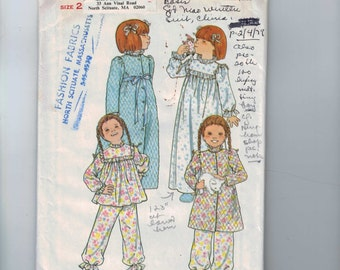 1970s Vintage Sewing Pattern Butterick 5707 Girls Robe Pajamas Nightgown Size 2 Breast 21 70s UNCUT