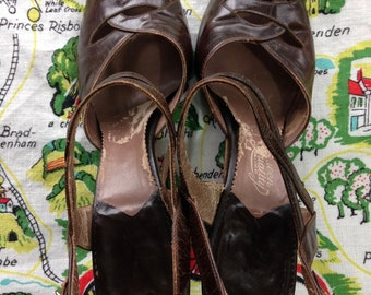 1940's brown leather peep toe sandals 5 6 Queen Quality